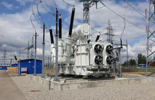 Поставлен, смонтирован и включен самый мощный автотрансформатор  в сети линий передачи электроэнергии Литвы (LITGRID AB)
